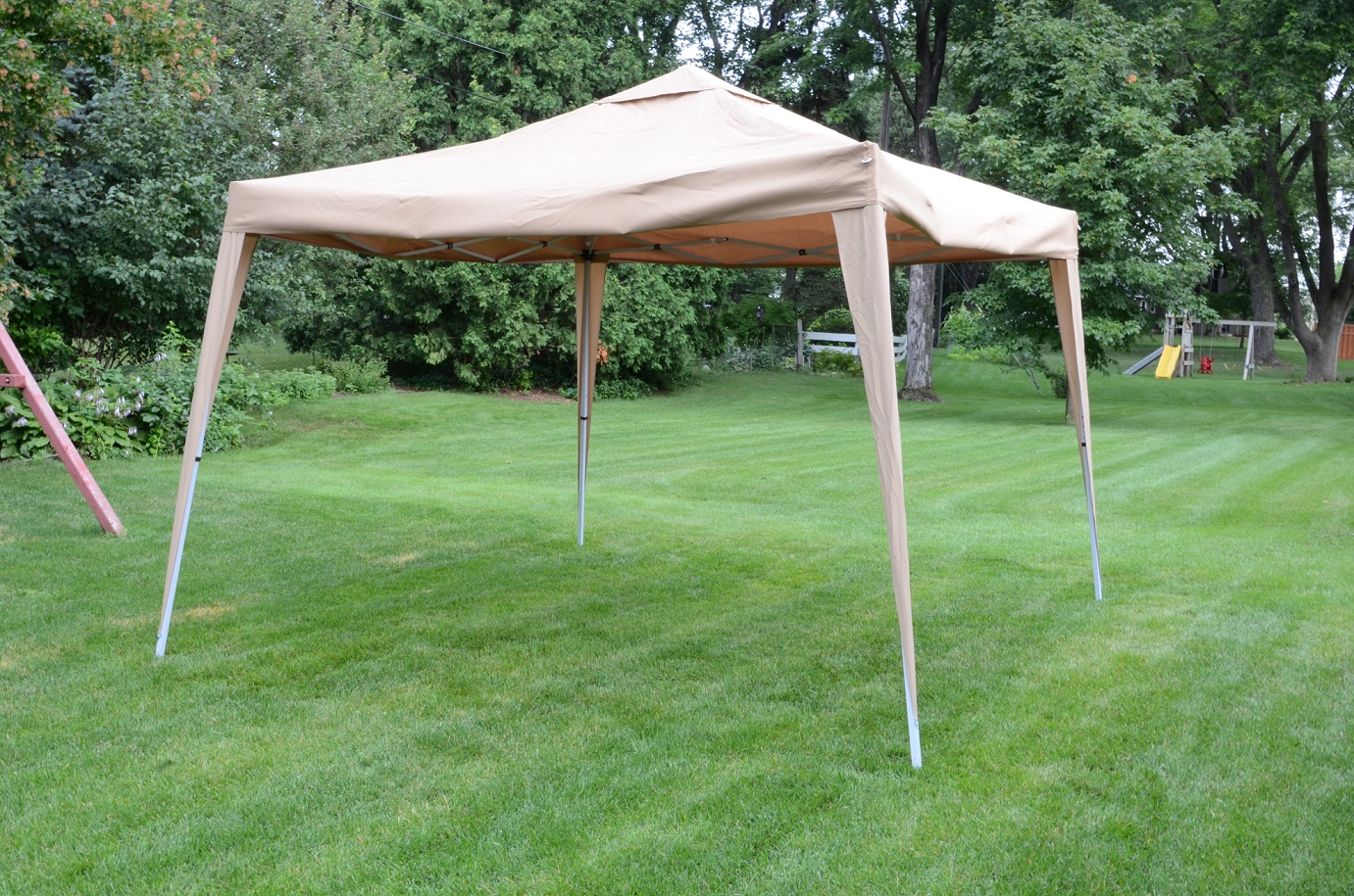 10 39 X10 39 Deluxe Gazebo Canopy With Net Outdoor Party Tent