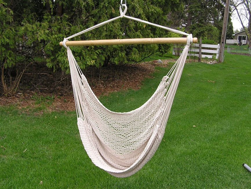 Deluxe Extra Large White Rope Cotton Hammock Swing Chair